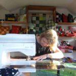 La création d'un memory quilt à l'atelier en France