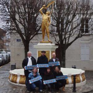 Place de la Forge, photo de groupe avant JEMA 2018 à Saint Leu La Forêt